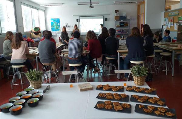 Intur Restauración Colectiva lleva su taller de alimentación saludable al CEIP Manel Garcia Grau