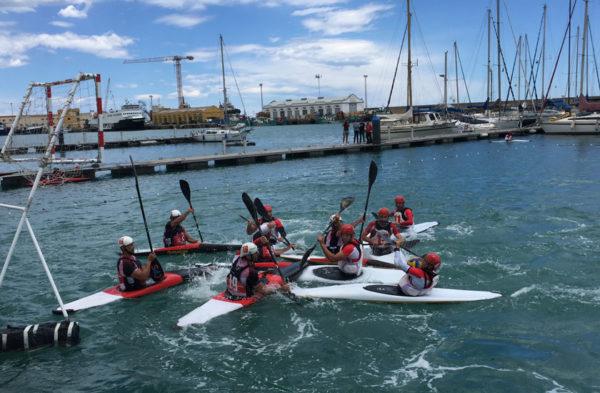 Marina Burriananova esponsoriza la Liga Autonómica de Kayak Polo