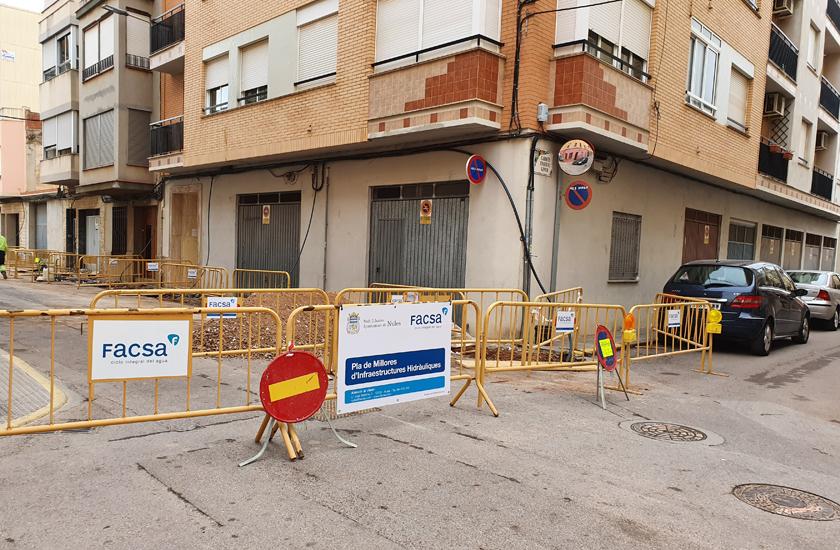 El Ayuntamiento de Nules y FACSA renuevan la red de agua potable en la calle San Vicente